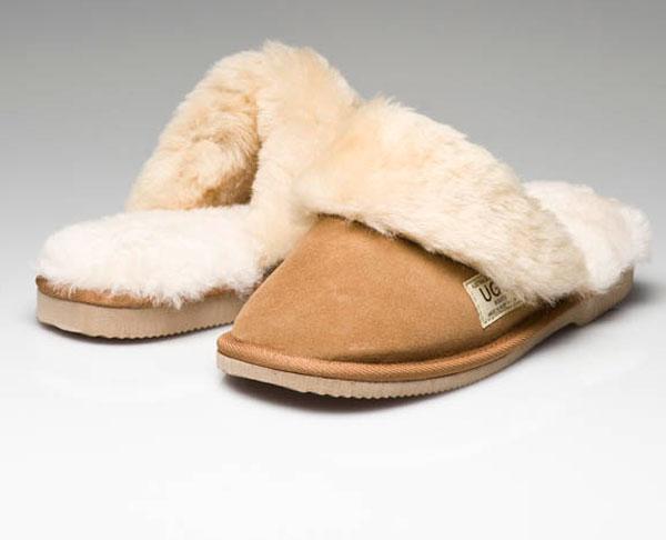 edd11096534 Ugg Boots Fur Trimmed Scuffs Chestnut - Gee Sheepskin